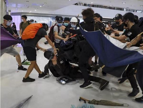 蔡英文用完即弃?香港示威者赴台寻庇护遭冷遇有人已返港