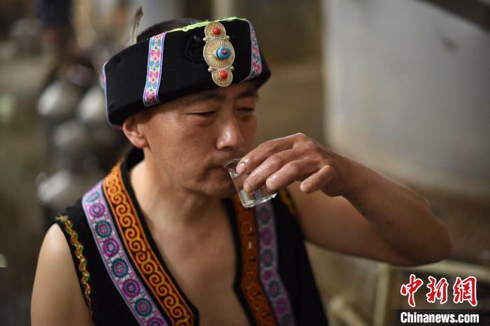 汶川羌族小伙返乡创业记:经历过从无到有的人,更容易站起来